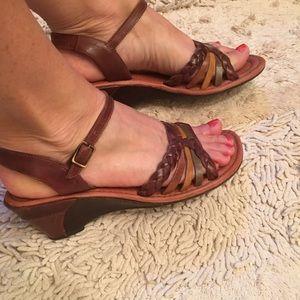 Nurture Leather Sandals - Size 9